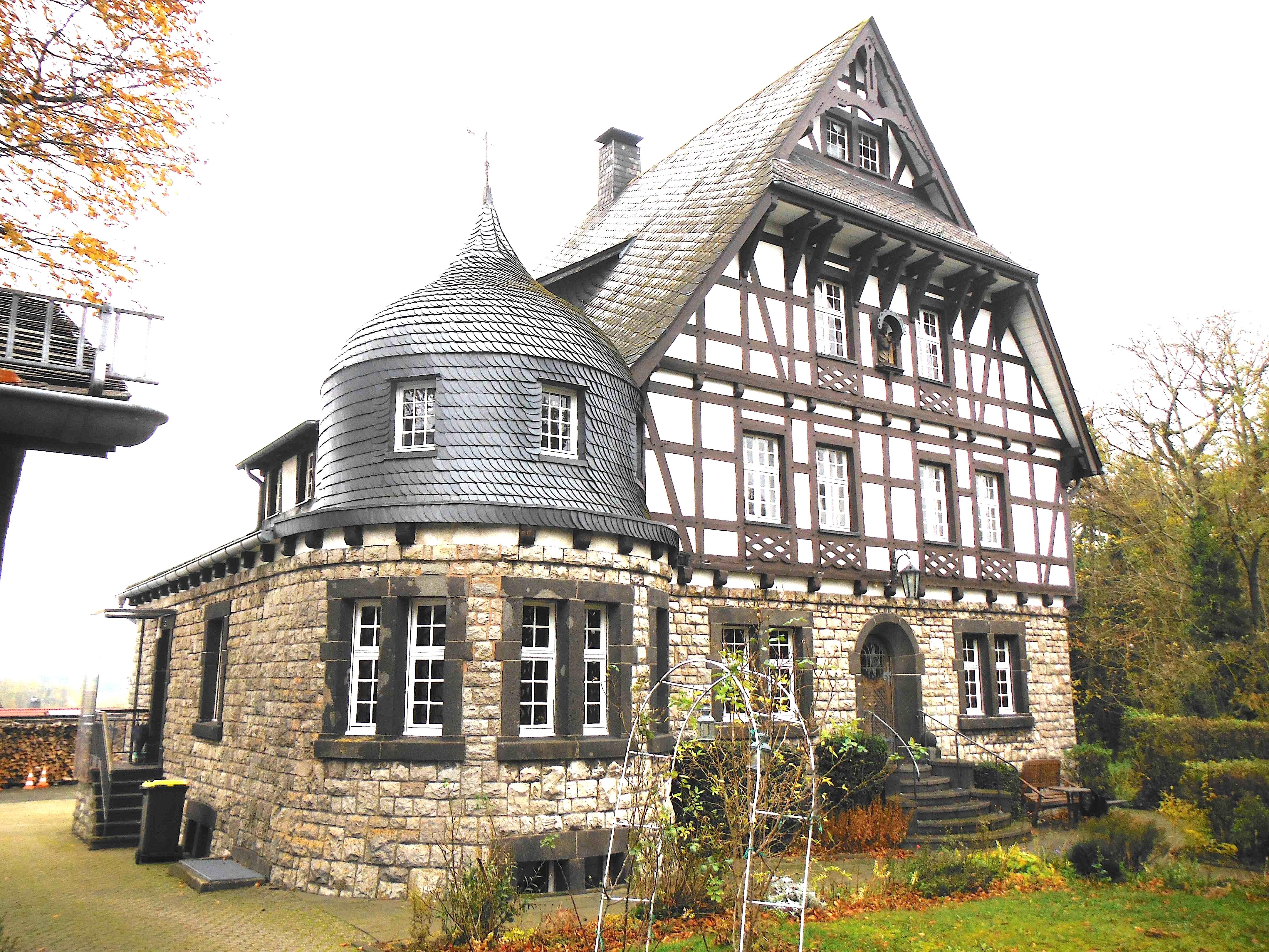 Fabrikantenvilla 53947 Nettersheim-Marmagen