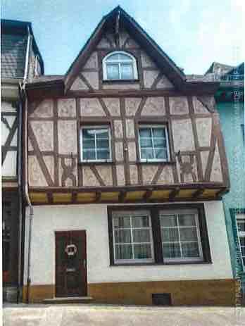 Zweifamilien-Wohnhaus, 17. Jhdt, Denkmalschutz, | 53545 Linz am Rhein