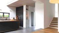 EG-Küche | Eingang/Diele | Aufgang EG/OG mit restaurierter Treppe