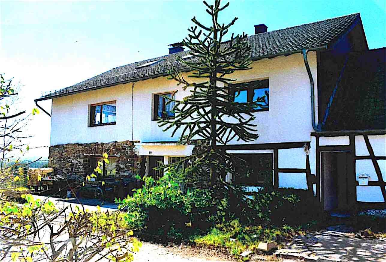 52156 Monschau-Mützenich, EFH/Hofanlage, BJ. 1950-1985