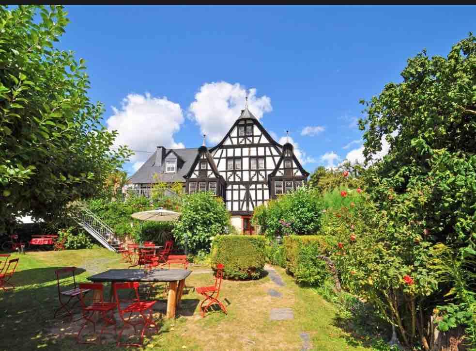 Dreigiebelhaus   54436 Kröv/Mosel